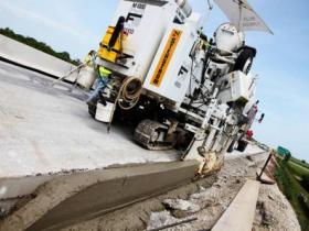 Concrete Curb
